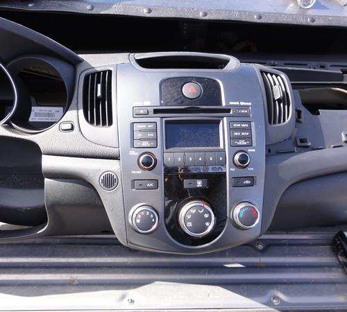 2010 Kia Forte Koup Find Speakers Stereos And Dash Kits That Fit Rhcrutchfield: 2010 Kia Forte Radio At Gmaili.net