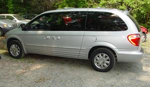2003 Chrysler Town and Country Exterior