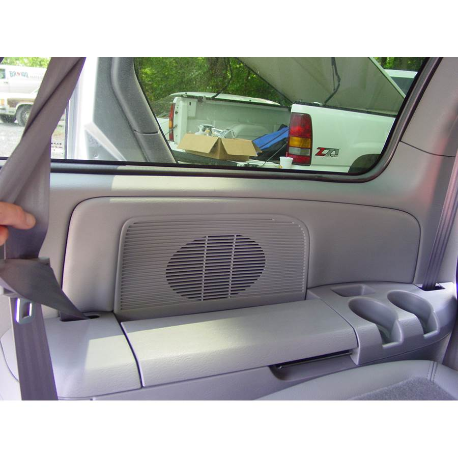 2007 Chrysler Town and Country Far-rear side speaker location