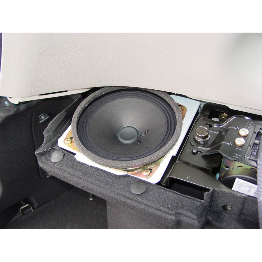2008 Kia Spectra5 Side panel speaker