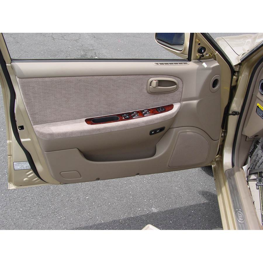 2005 Kia Optima Front door speaker location