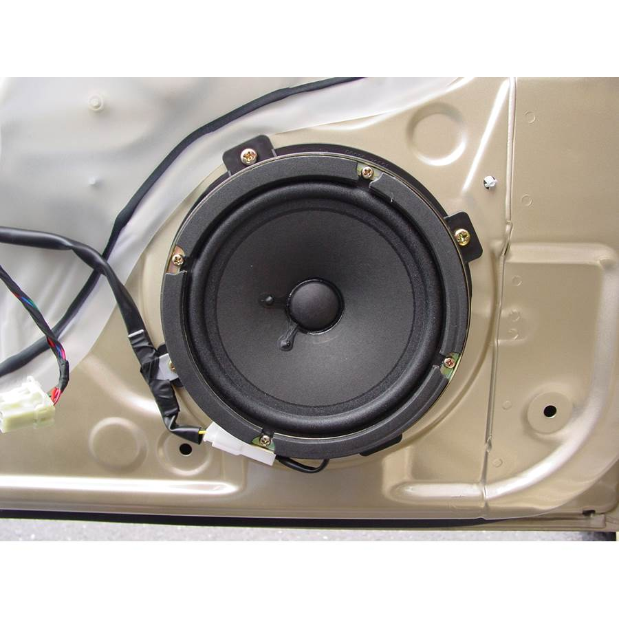 2005 Kia Optima Front door woofer