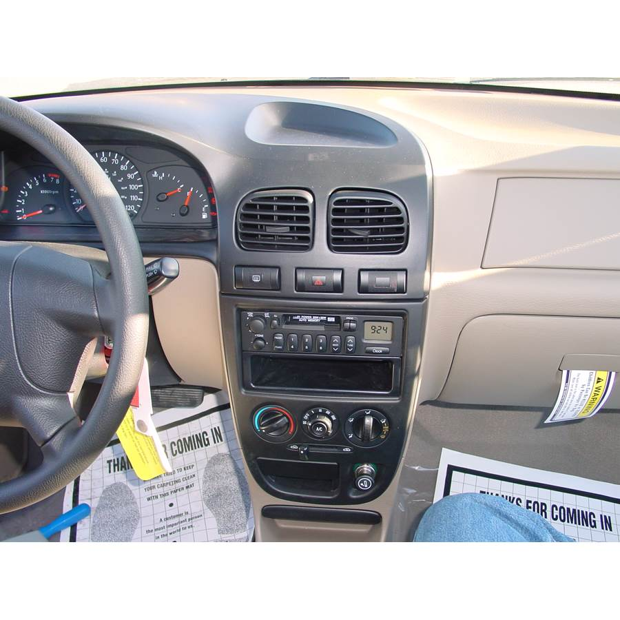 2002 Kia Rio Cinco Factory Radio