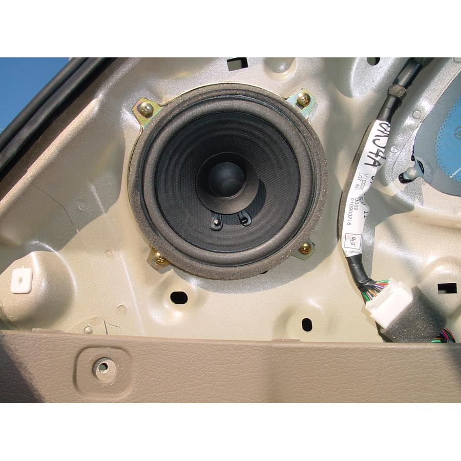 2002 Kia Rio Cinco Rear pillar speaker