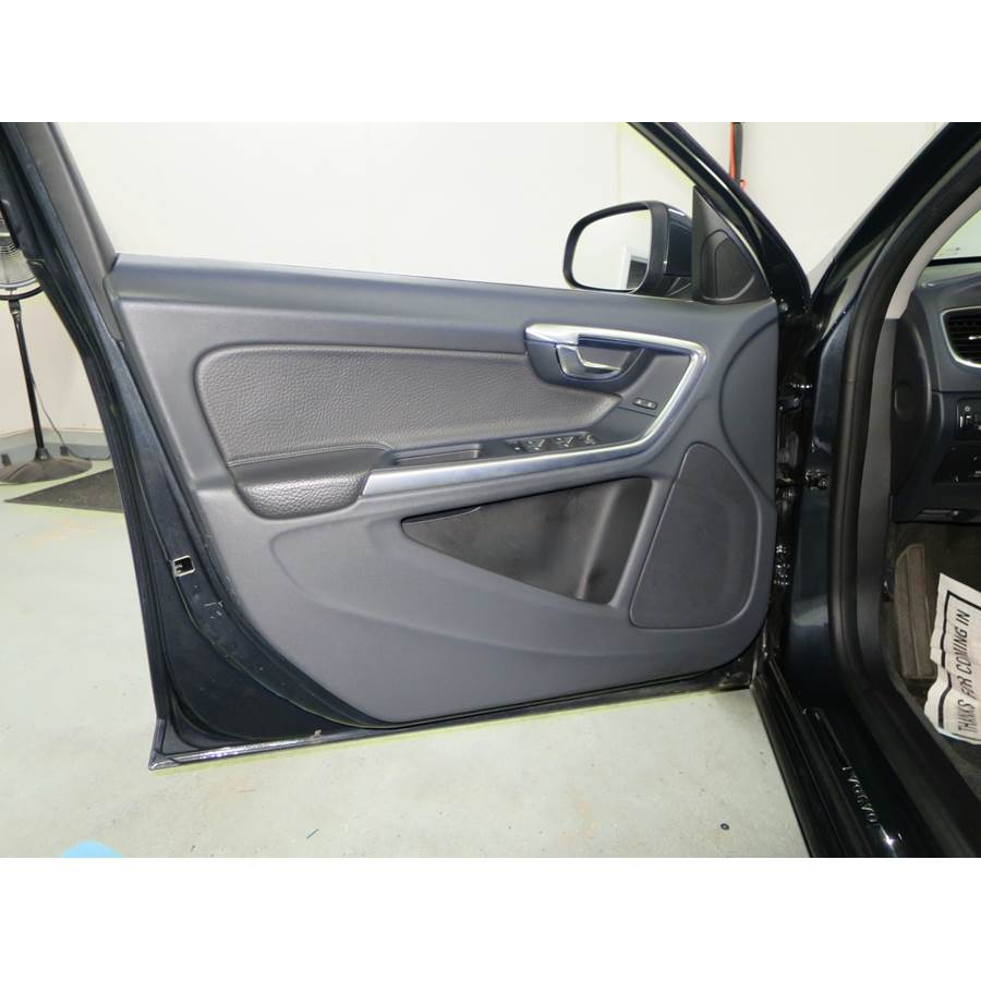 2015 Volvo S60 Front door speaker location