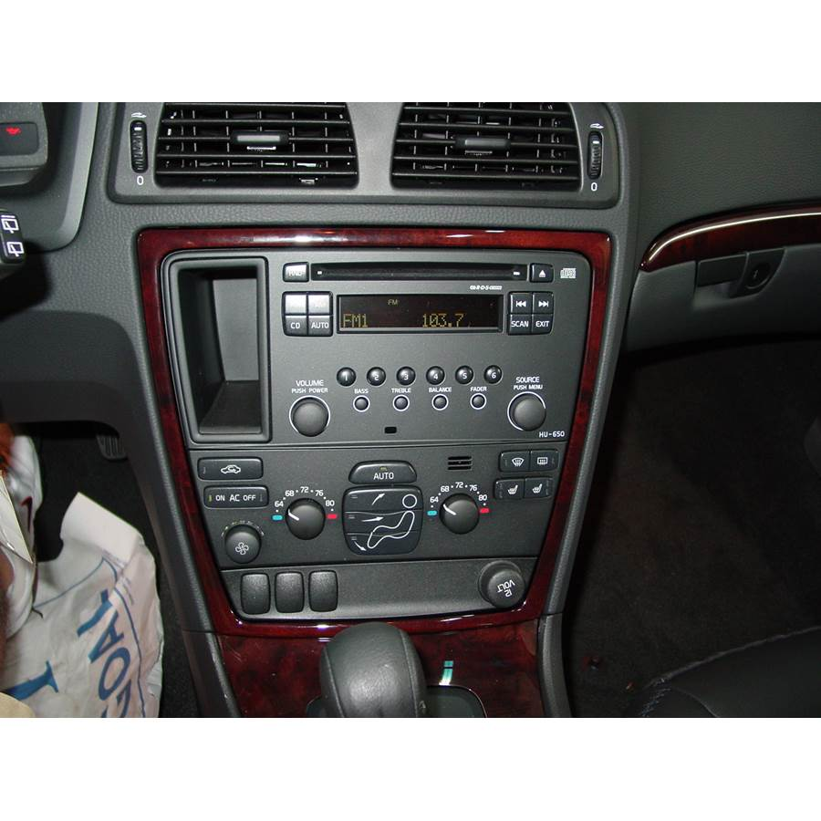 2006 Volvo XC70 Factory Radio