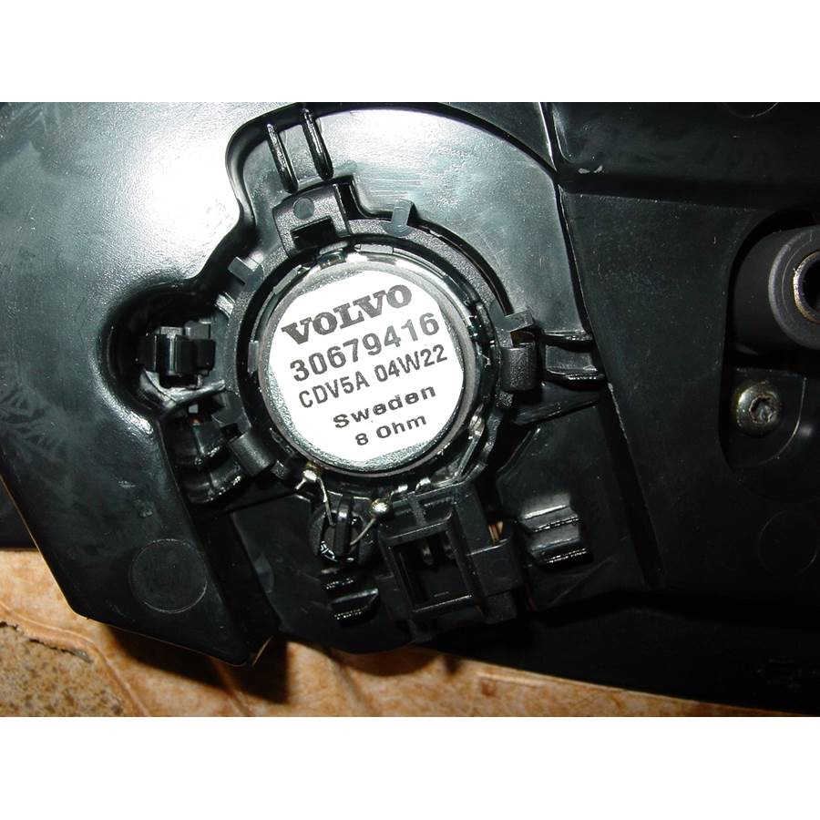 2006 Volvo XC70 Front door tweeter