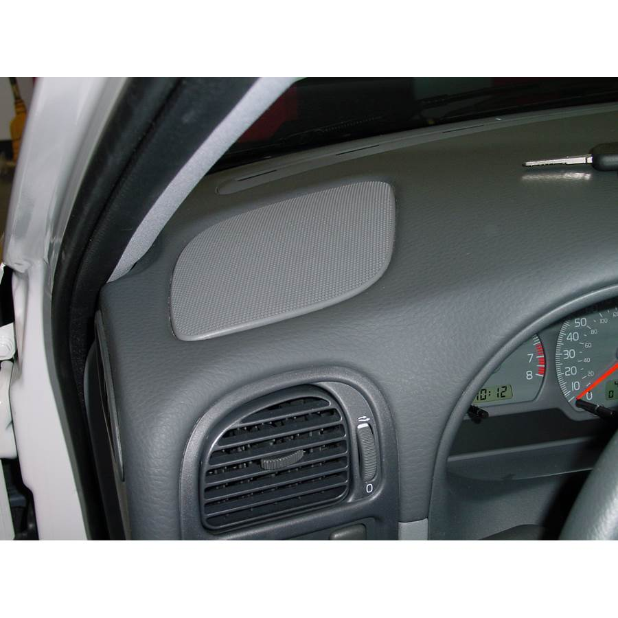 2002 Volvo S40 Dash speaker location
