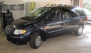 2002 Chrysler Town and Country Exterior