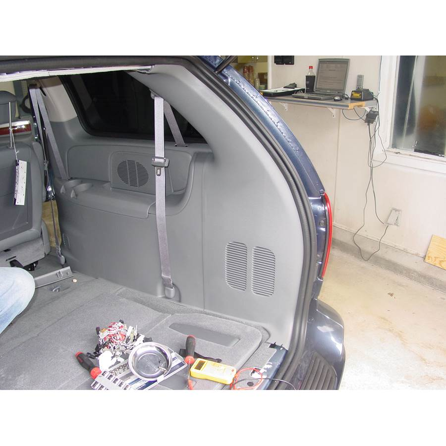 2007 Chrysler Town and Country Rear side panel speaker location