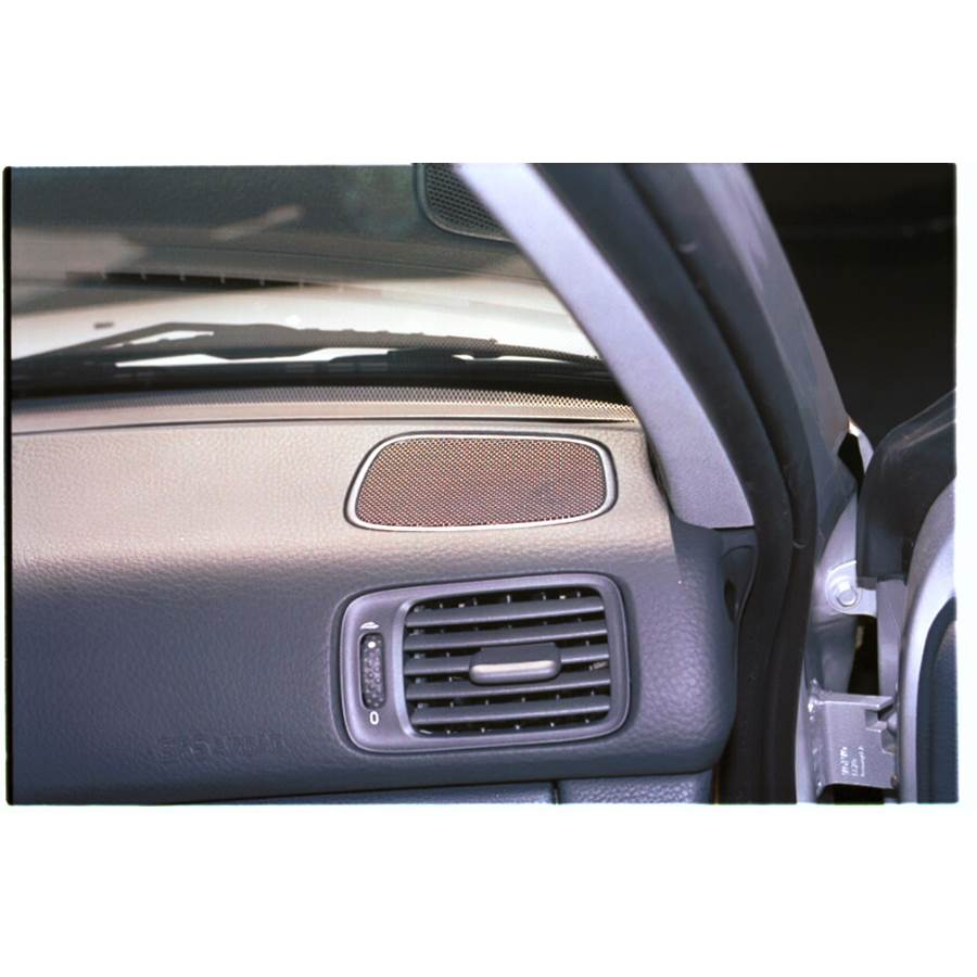 1999 Volvo V70 T5 Dash speaker location