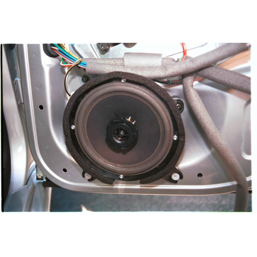 1999 Volvo V70 T5 Rear door speaker