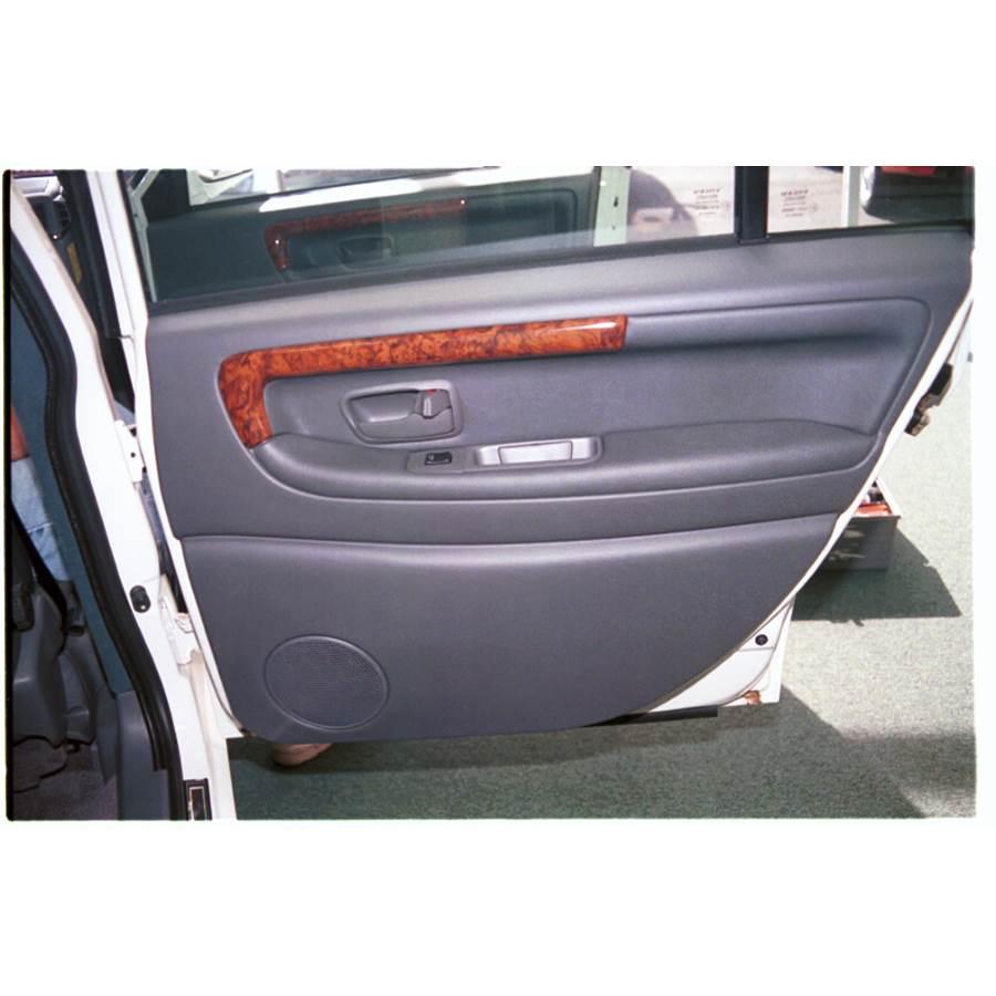 1995 Volvo 960 Rear door speaker location