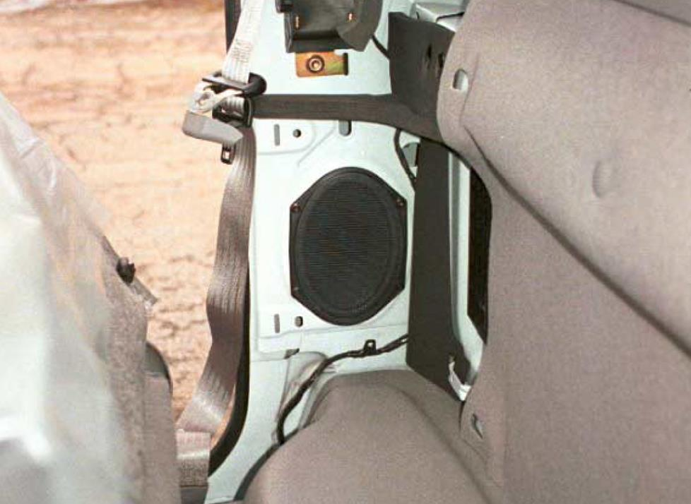 Ford F-150 standard cab rear speaker