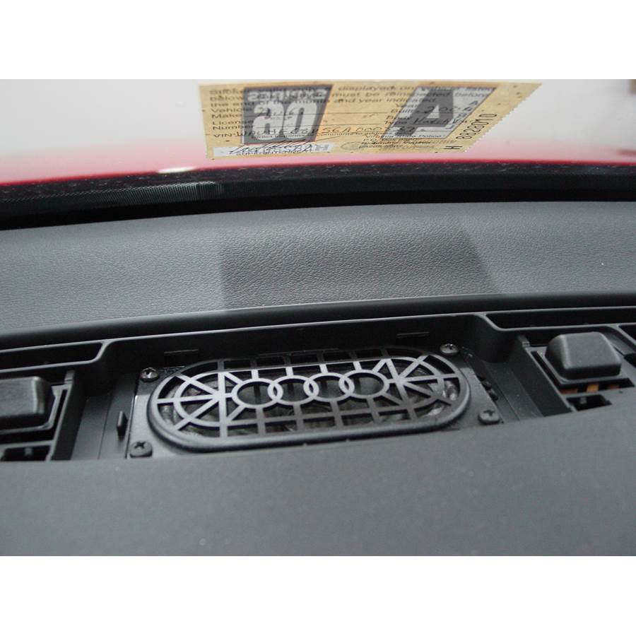 2006 Audi A3 Center dash speaker
