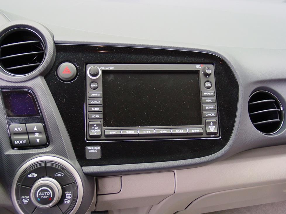 radionav 2010 2014 honda insight car audio profile 2010 Honda Insight Hybrid Interior at panicattacktreatment.co