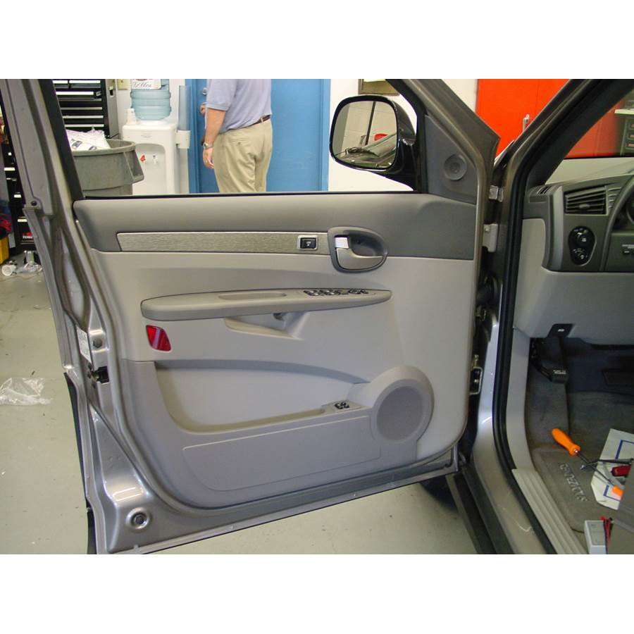 2004 Buick Rendezvous Front door speaker location