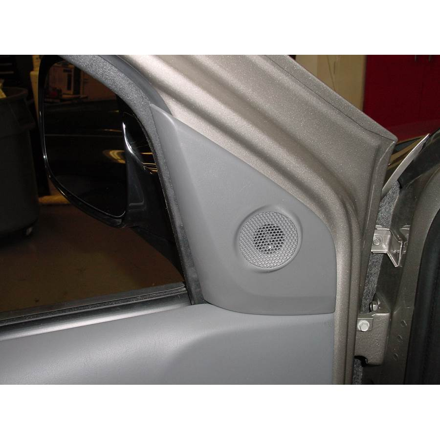 2004 Buick Rendezvous Front door tweeter location