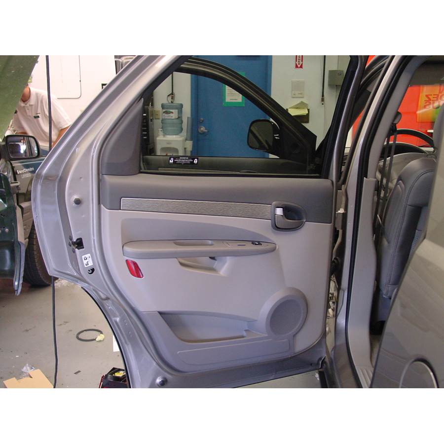 2004 Buick Rendezvous Rear door speaker location