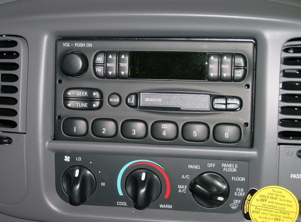 How To Install New Car Audio Gear In Your 20012003 Ford F150rhcrutchfield: 2002 Ford F 150 Radio Will Not Come On At Gmaili.net