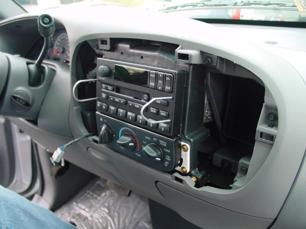 ford f-150 radio removal