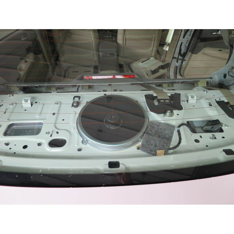 2011 Infiniti G Rear deck center speaker
