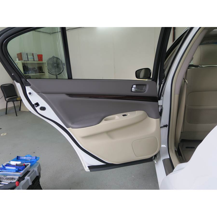 2012 Infiniti G Rear door speaker location