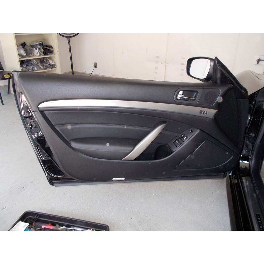 2011 Infiniti G Front door speaker location
