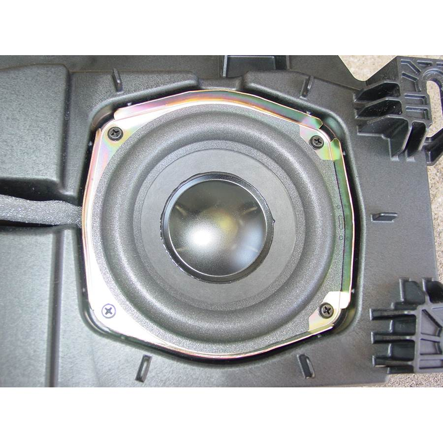 2007 Cadillac Escalade ESV Center console speaker
