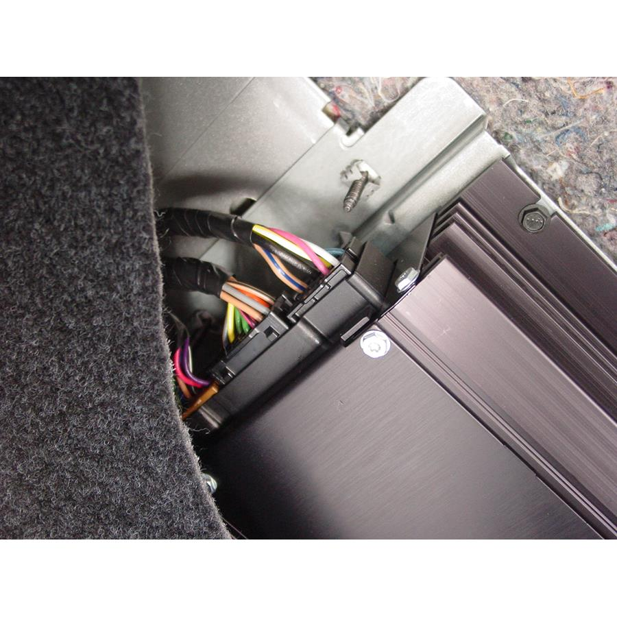 2011 Cadillac DTS Factory amplifier