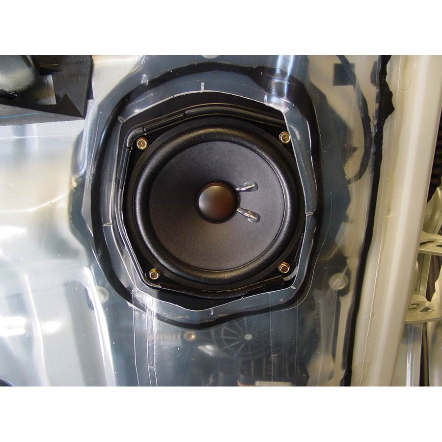 2003 Cadillac Escalade Rear door speaker
