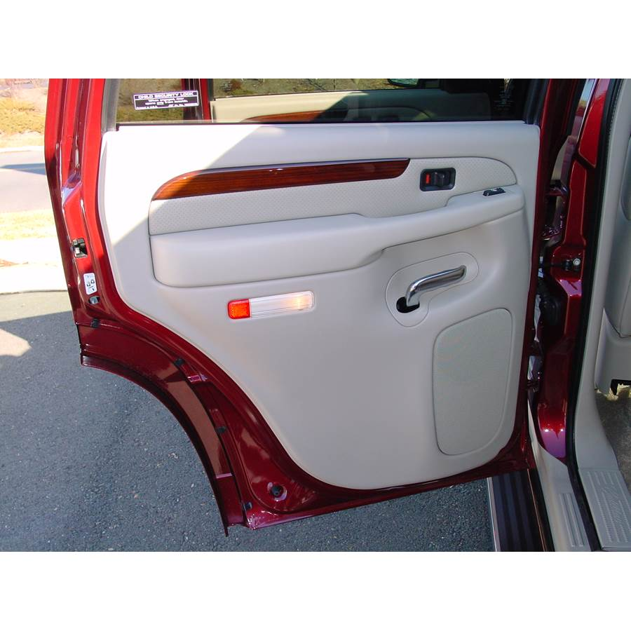 2003 Cadillac Escalade Rear door speaker location