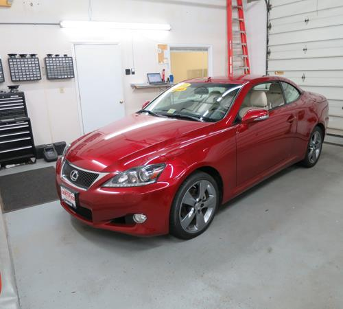 2010 Lexus IS350C Exterior