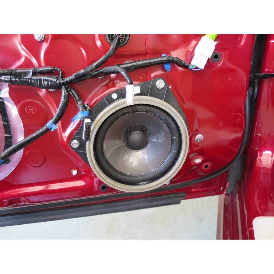 2010 Lexus IS250C Front door woofer
