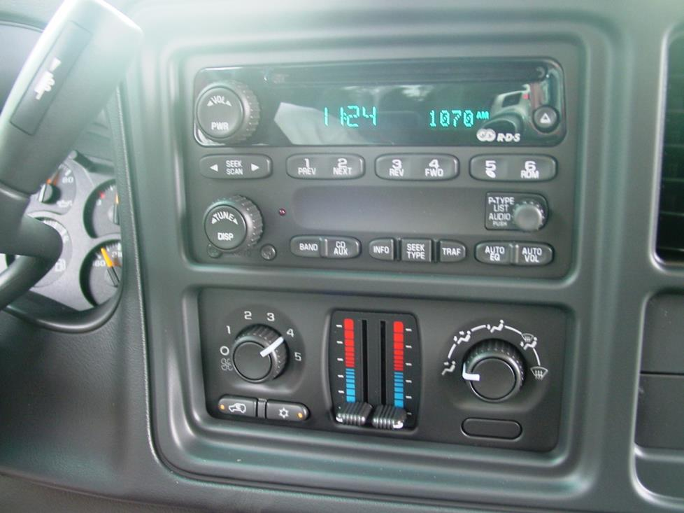 2003 2007 Chevy Silverado And Gmc Sierra Regular Cab on oem gm radios
