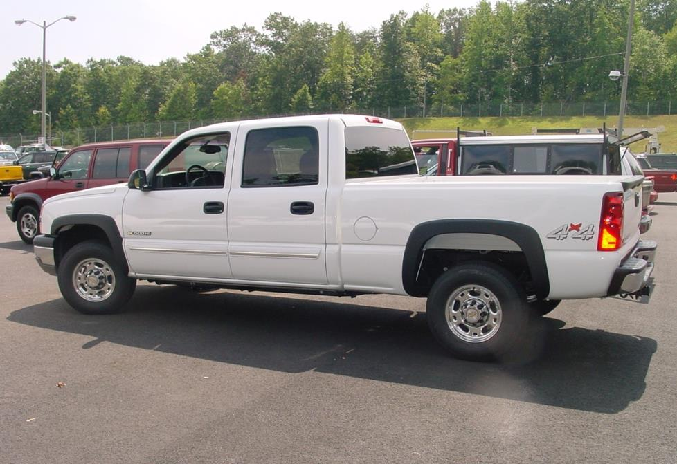 2003 2007 Chevy Silverado And Gmc Sierra Crew Cab Car