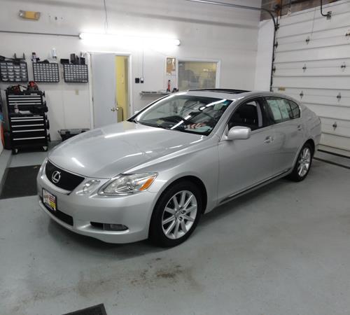 https://images.crutchfieldonline.com/ImageBank/v20151217153300/ImageHandler/centerandcrop/500/450/VehiclePix/2006/Lexus/GS430/Sedan/exterior.JPG