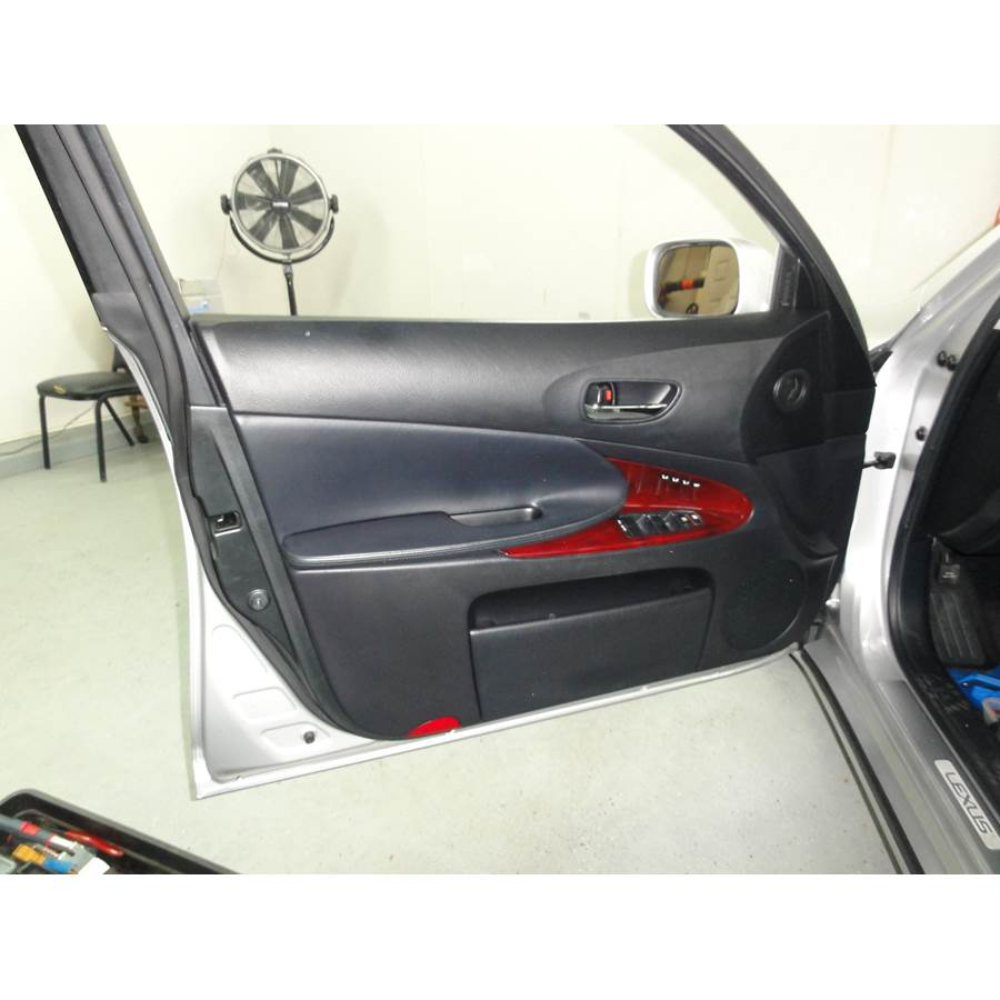 2010 Lexus GS450H Front door speaker location