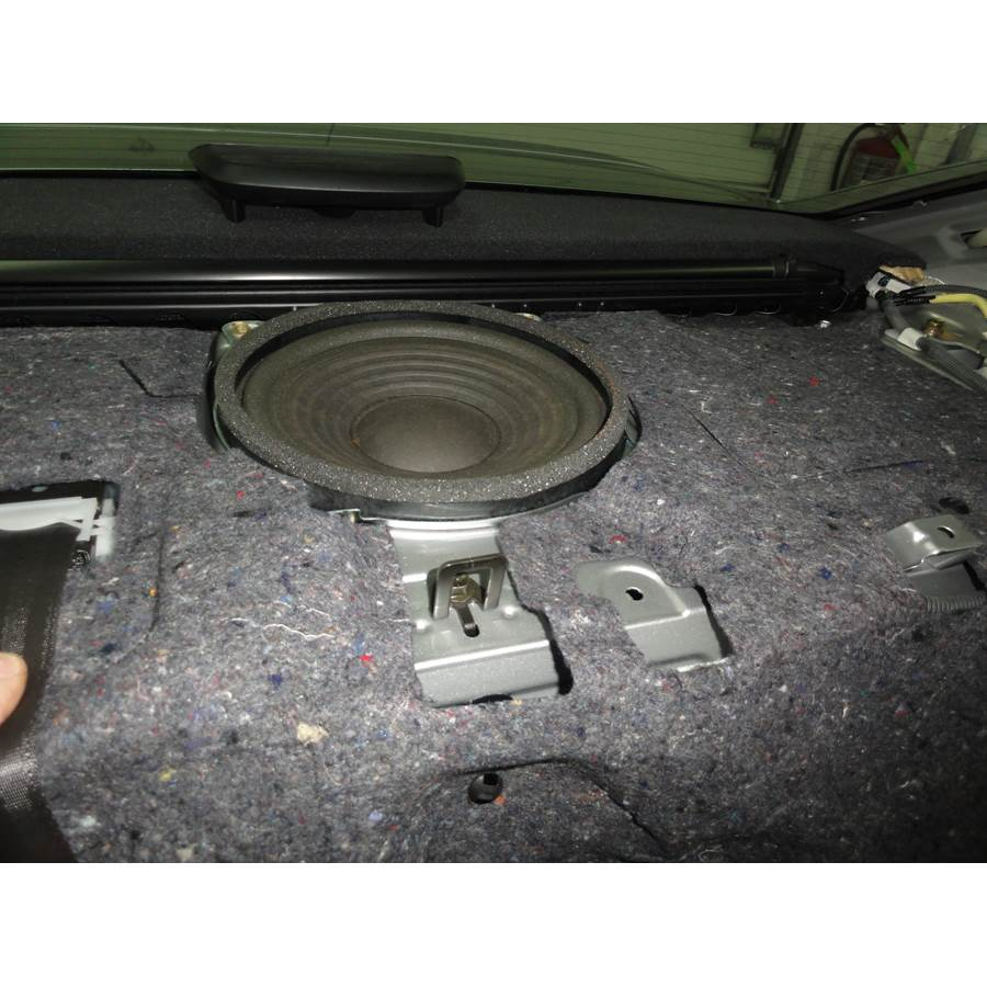 2010 Lexus GS450H Rear deck center speaker