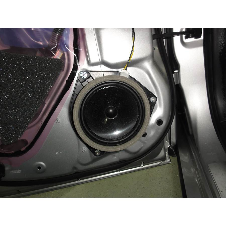 2010 Lexus GS450H Rear door woofer