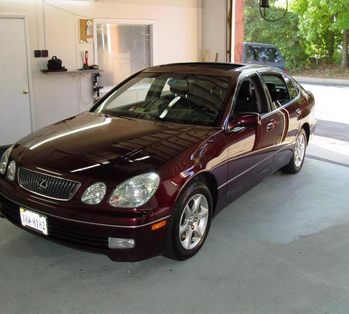 https://images.crutchfieldonline.com/ImageBank/v20151218121500/ImageHandler/centerandcrop/500/450/VehiclePix/2004/Lexus/GS300/Sedan/exterior.JPG