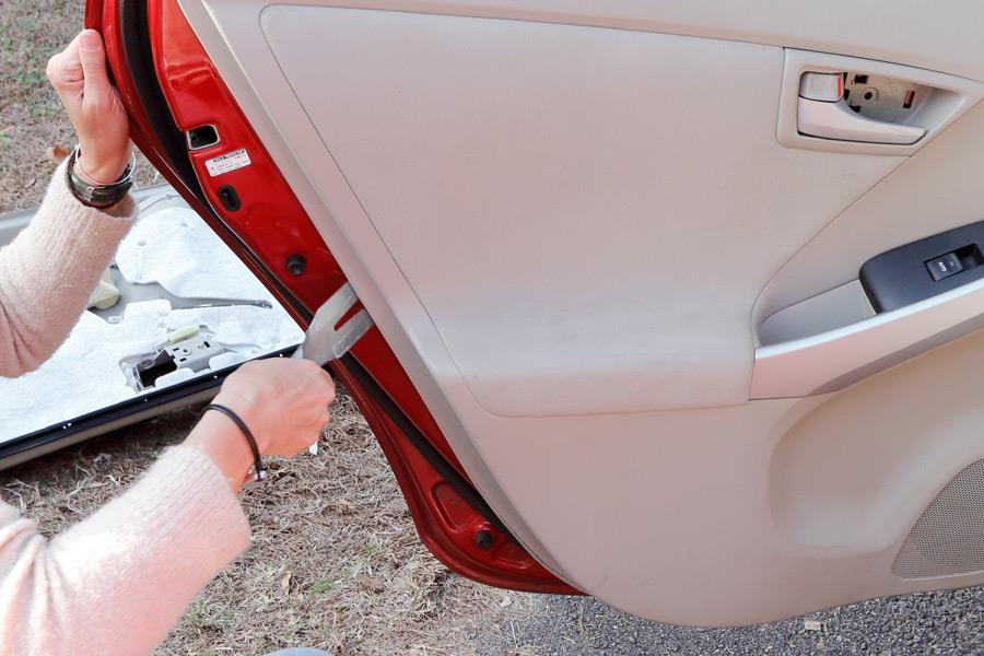 Removing the rear door panels