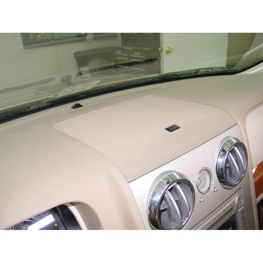 2006 Lincoln Zephyr Center dash speaker location