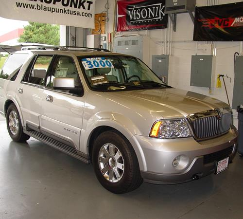 2004 Lincoln Navigator - find speakers, stereos, and dash kits that fit  your carCrutchfield