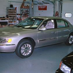 2002 Lincoln Continental Exterior