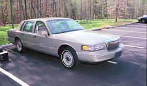 1996 Lincoln Town Car - find speakers, stereos, and dash kits that fit your  carCrutchfield