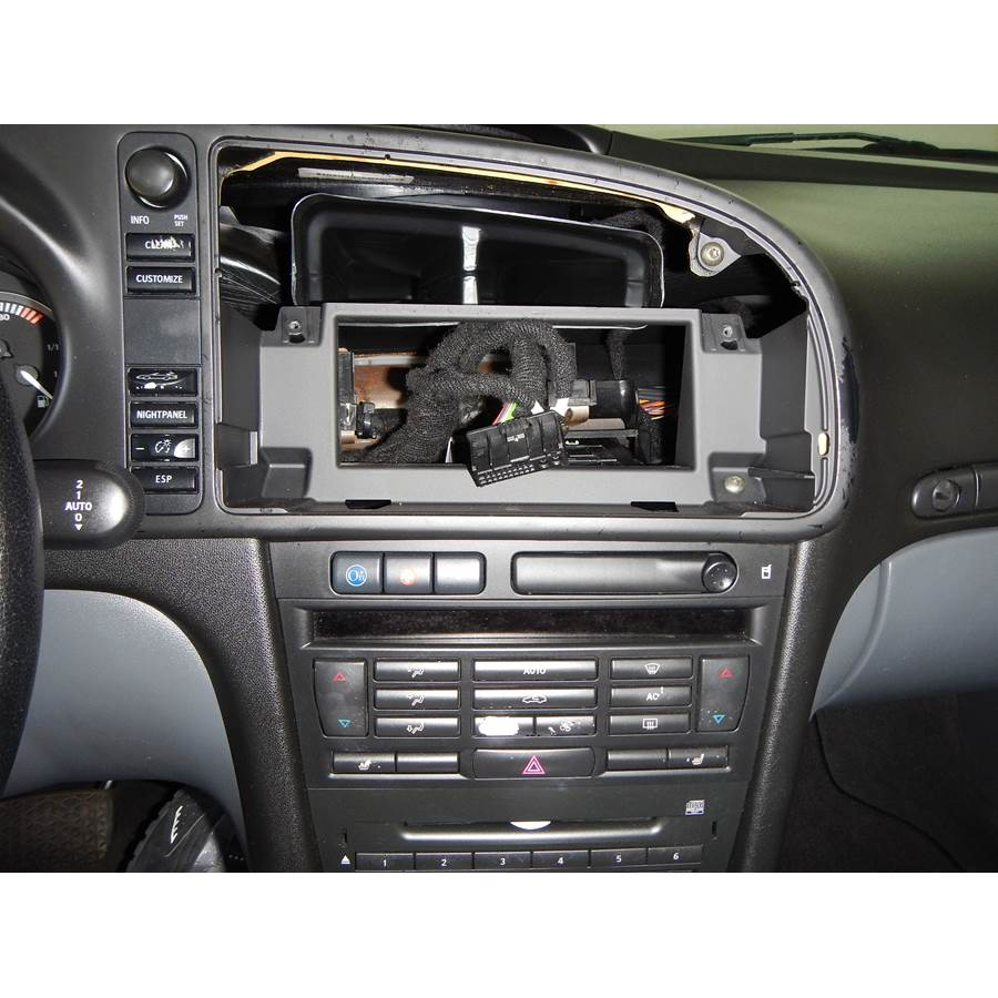 2003 Saab 9-3 Factory radio removed