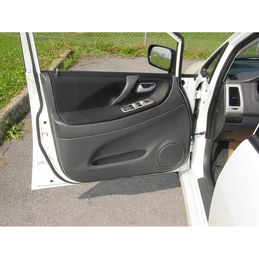2007 Suzuki Aerio Front door speaker location