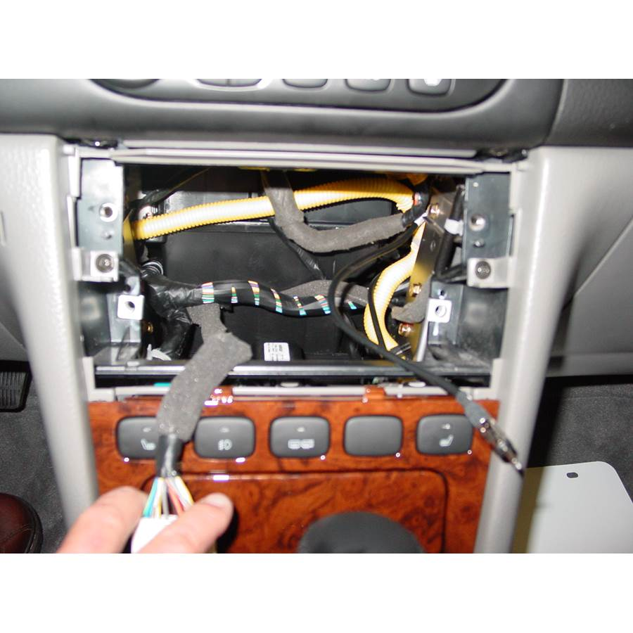 2004 Suzuki Verona Factory radio removed