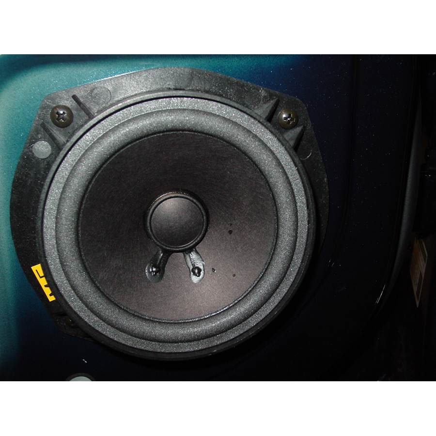 2004 Suzuki Verona Rear door speaker